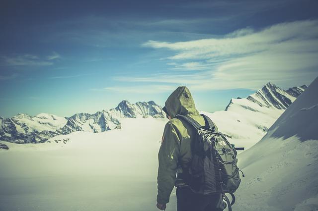 Jaki plecak będzie najlepszy podczas wyjazdu na ferie zimowe w góry?