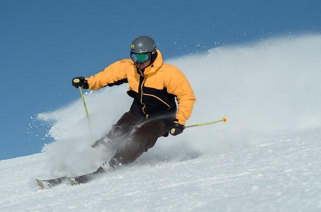 Gdzie porównać narty i przymierzyć buty narciarskie - Warszawa?