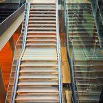 Jak dobrać odpowiednią barierkę na schody?