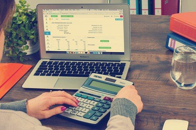 Jakie usługi oferują krakowskie biura rachunkowe na Ruczaju?